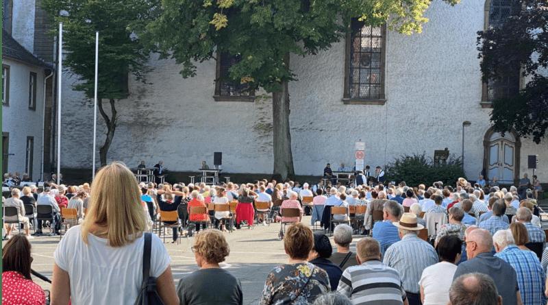 Briloner Musiker spielen für Flutopfer